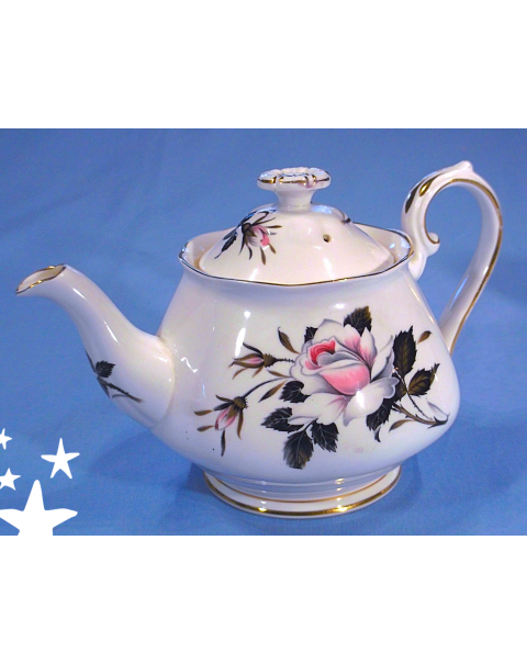 (OUT OF STOCK) ROYAL ALBERT QUEENS MESSENGER VINTAGE TEAPOT